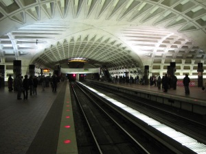 L'Enfant_Plaza_station_crossvault
